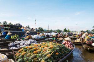 Ausflug zum Schwimmenden Markt